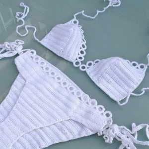 Beyaz renk kenarları dantel örgü bikini modelleri