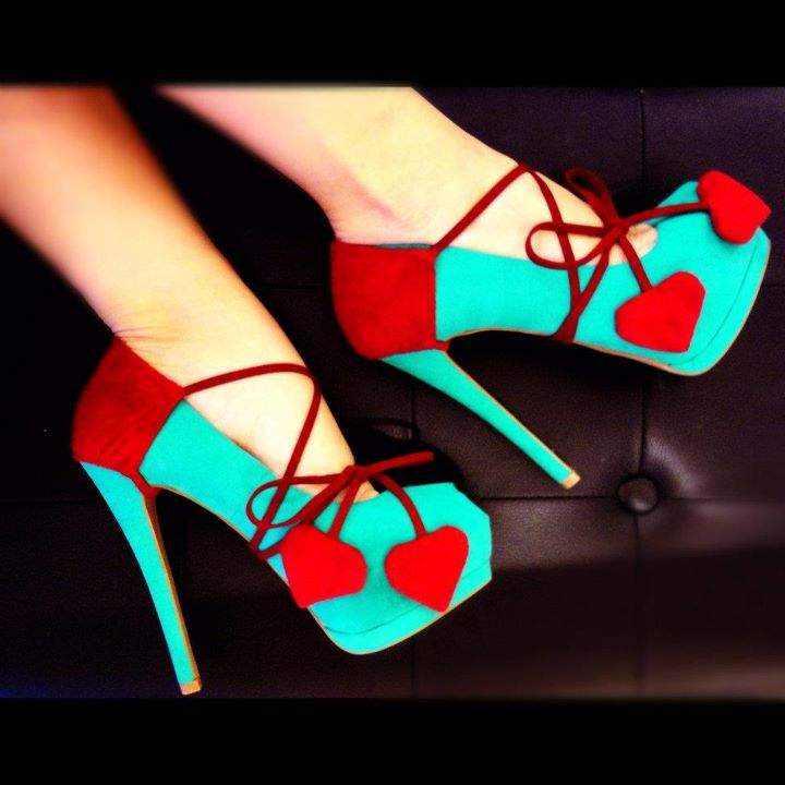 Turkuaz Renk Kırmızı İpli Platform Topuklu Ayakkabı Modelleri