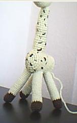 Örgüden zürafa yapılışı