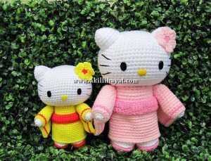 Amigurumi Örgü Oyuncak Tekniğiyle Yapılmış Hello Kitty Modeli Yapılışı (anlatımlı)