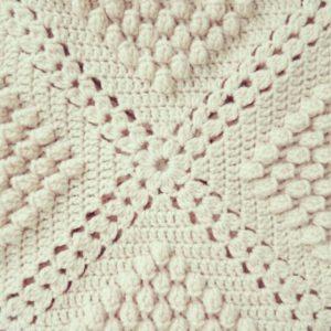 Baloncuklu örgü bebek battaniyesi modeli yapılışı anlatımlı