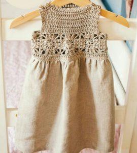 Bebekler için üstü dantel altı kumaş etek örgü elbise modeli yapılışı anlatımlı