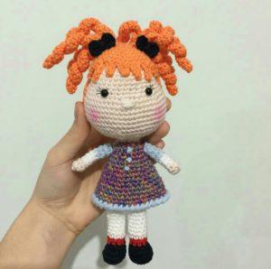 Amigurumi örgü oyuncak turuncu saçlı kız modeli yapılışı anlatımlı