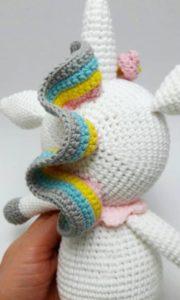 Amigurumi renkli unicorn modeli yapılışı