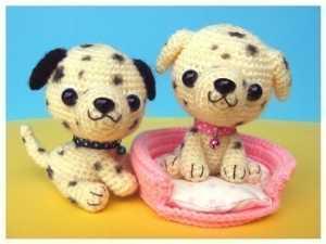 Amigurumi oyuncak dalmaçyalı köpek modeli