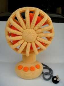 Amigurumi oyuncak vantilatör modeli