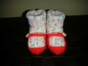 Değişik Örgü bebek çorabı modeli yapılışı ( açıklamalı )