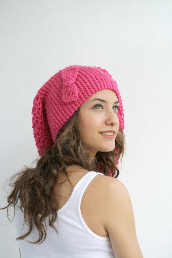 fiyonklu rögü ressam şapkası modeli