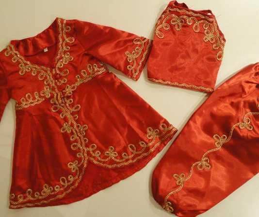 Çocuklar İçin Balo Kostümleri - Kırmızı yemeni kıyafeti