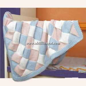 Entrelak orgu tekniğiyle yapılmış bebek battaniyesi modeli (anlatımlı)
