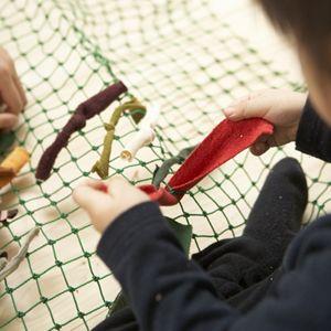 Geri Dönüşüm Projesi -- Artık kumaşlardan halı yapılışı ve aşamaları