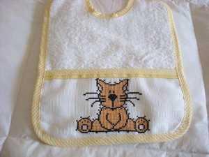 Kedi ' li mama önlüğü modeli