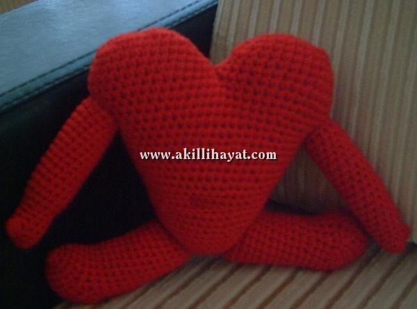 Amigurumi Bebek Tarifleri : Sevgİlİler gÜnÜ İÇİn amigurumi kalp bebek modeli yapılışı