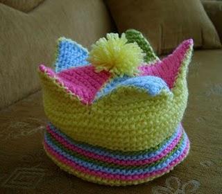 Çocuklar için soytarı şapkası yapılışı (anlatımlı)