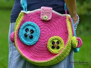 Batik tarzı tığ işi örgü çanta modeli