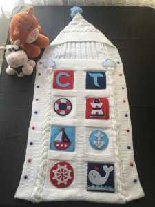 Yeni doğan bebekler için örgü bebek tulum battaniye modeli yapılışı anlatımlı