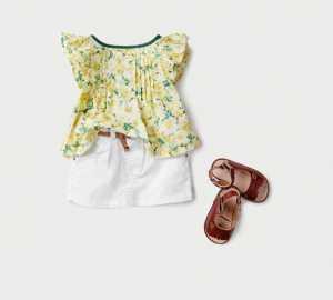 Zara Kids 2011 Çocuk Giyimi Koleksiyonu -- Zara Kız Çocukları İçin Beyaz Kemerli Şort ve Fırfır Kollu bluz Modelleri