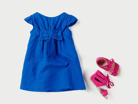 a1c8fe144fab5 ... Zara Kids 2011 Çocuk Giyimi Koleksiyonu -- Zara Kız Çocukları İçin  Fiyonklu Mavi Elbise ve