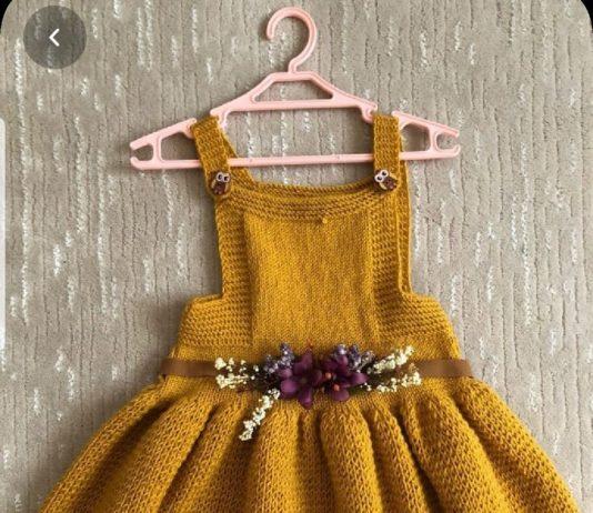 Kız bebekler için balon etekli kiloş örgü sarı bebek elbisesi modeli tarifi açıklamalı